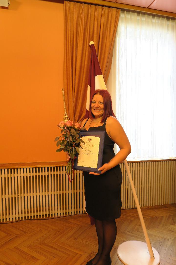 Prokuratūras Personāla nodaļas vadītāja Evija Gaiķēna 2021.gada 6.septembrī saņēmusi Prokuratūras Atzinības rakstu
